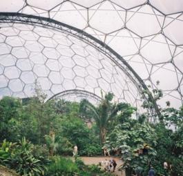 Проект Eden в Корнуэлле завораживает своей футуристичностью