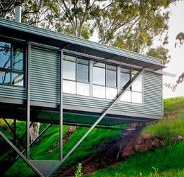 Дом-мост (Bridge House) в Австралии от Max Pritchard Architect