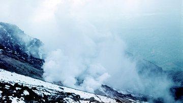 Выбросы пепла вулкана на Камчатке могут помешать полетам авиации